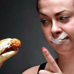 CẢNH BÁO: Nhịn ăn gây ung thư dạ dày